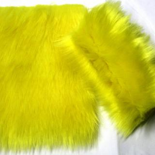 Detail syntethic fur fabric art. Sint LM 13 color lemon yellow