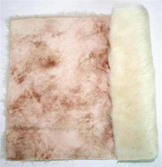 Detail eco-sheepskin fabric - color cream beige variegated