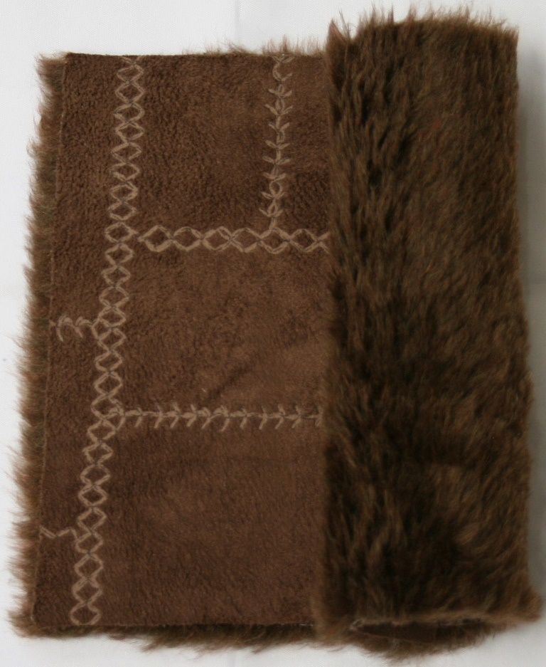 Detail eco-sheepskin fabric - color brown